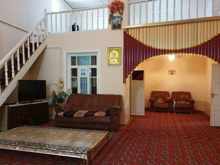 Classic FamilyStay in the Old City