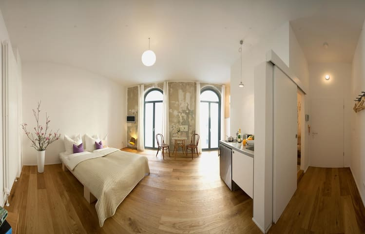 HESSE | Charming Studio in Prenzlauer Berg