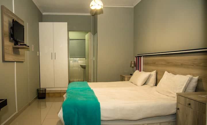 Ndzuti Standard Room (4)