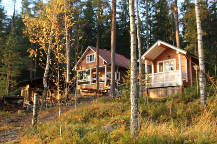 Karpalo-mökki, unique summer cottage