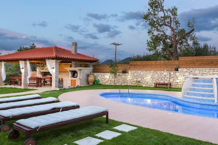 Lilium Villa, summer aroma! - Rethymno
