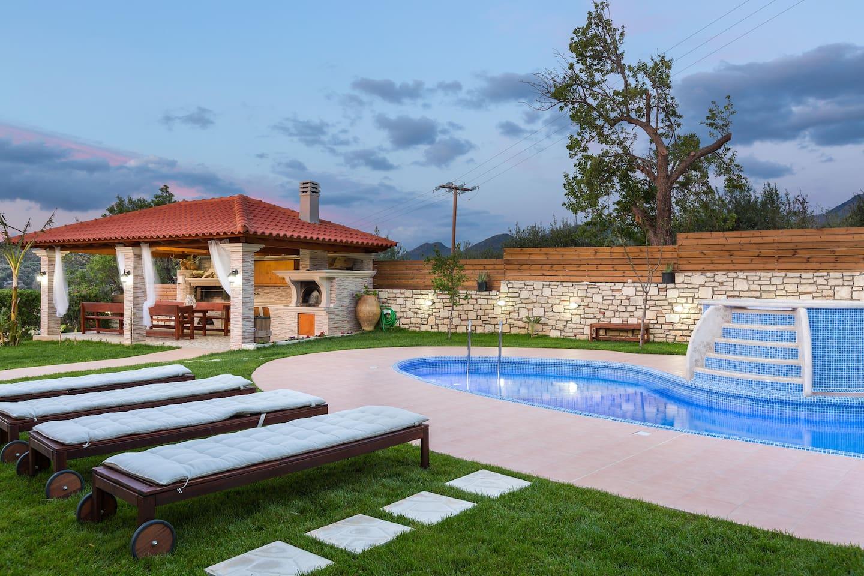 Lilium Villa, welcomes you in it's unique outdoor area!