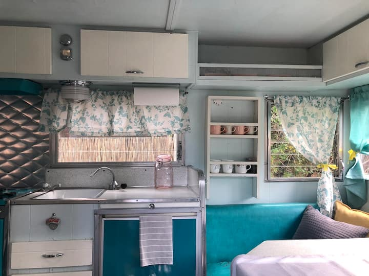 Adorable Vintage Camper, couples, glamping, beach