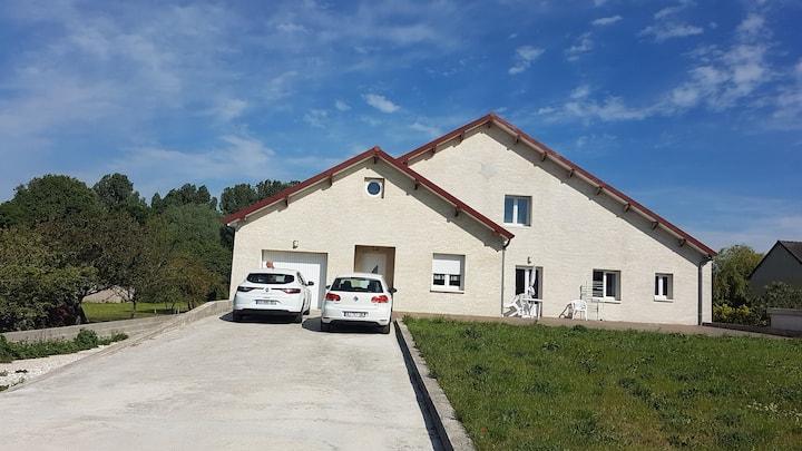 Maison spacieuse proche toutes commodités en Coloc