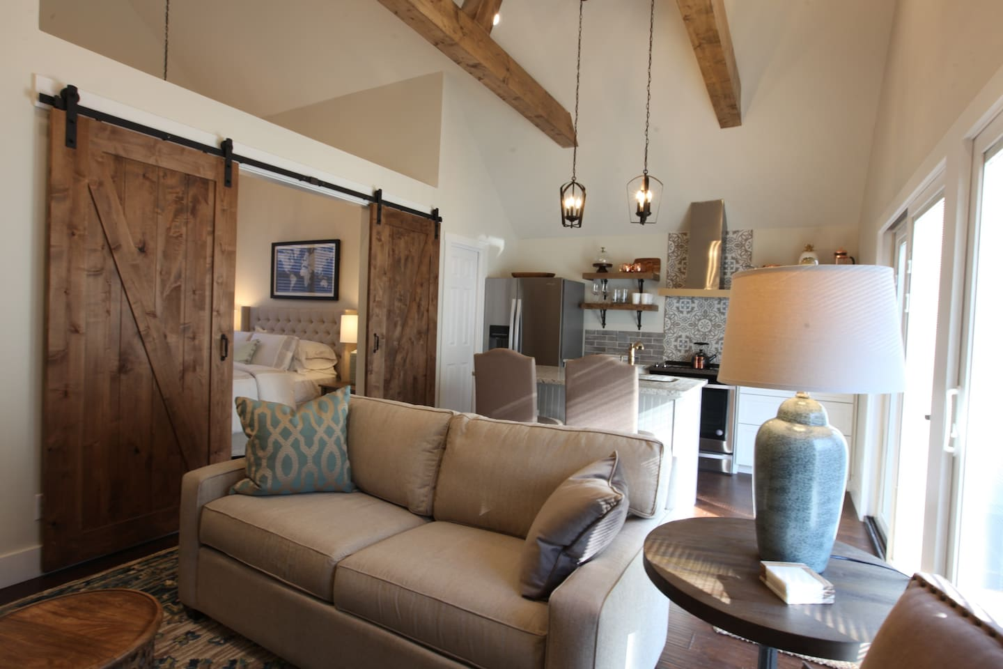 All New Carriage House in 12th South/Green Hills! - Apartments for ...