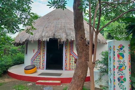 Vyomanh Home Stay, Udaipur- A/C  Bhunga Hut Y