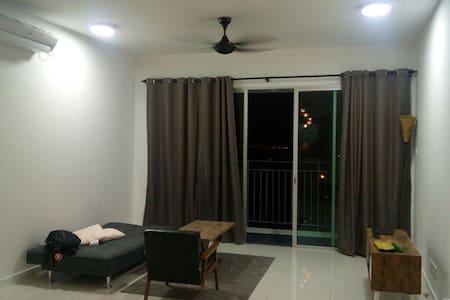 Fully furnished condo , johor bahru - Johor Bahru