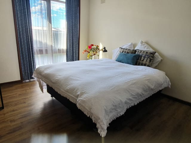 Comfortable apartment, C near  Base Hospital