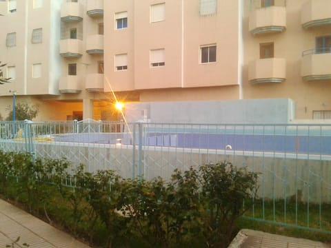 Apartment with 2 bedrooms in Martil, with wonderful sea view, shared pool and enclosed garden - 2 km from the beach