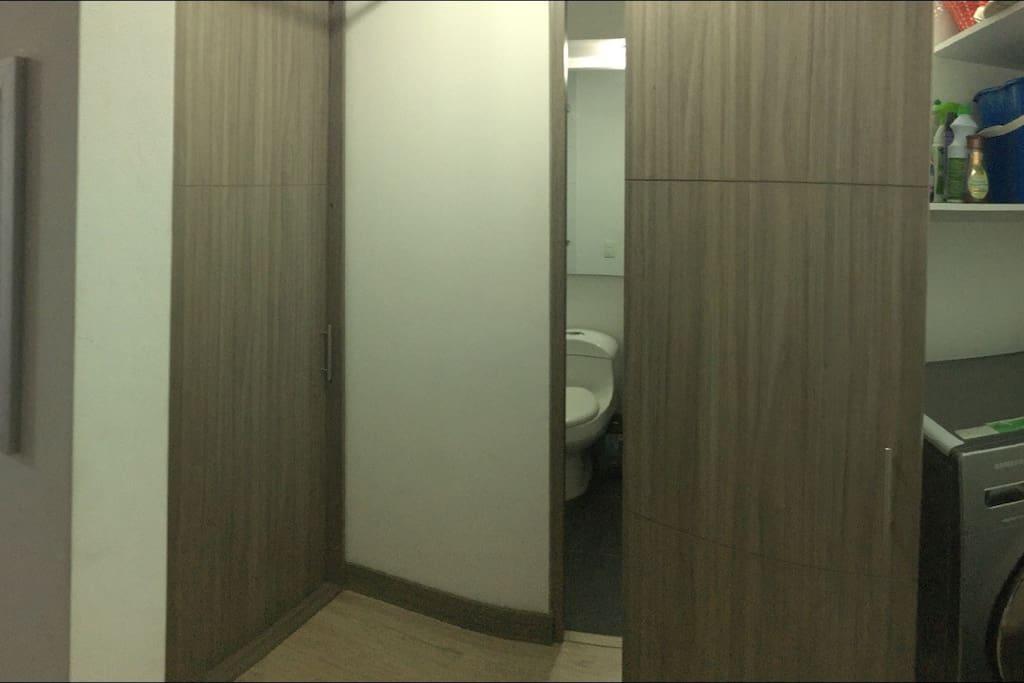 Closeth , Baño y Area de lavado