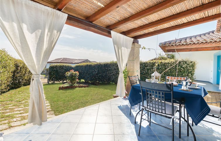 Terraced house with 2 bedrooms on 60m² in Budoni -OT-