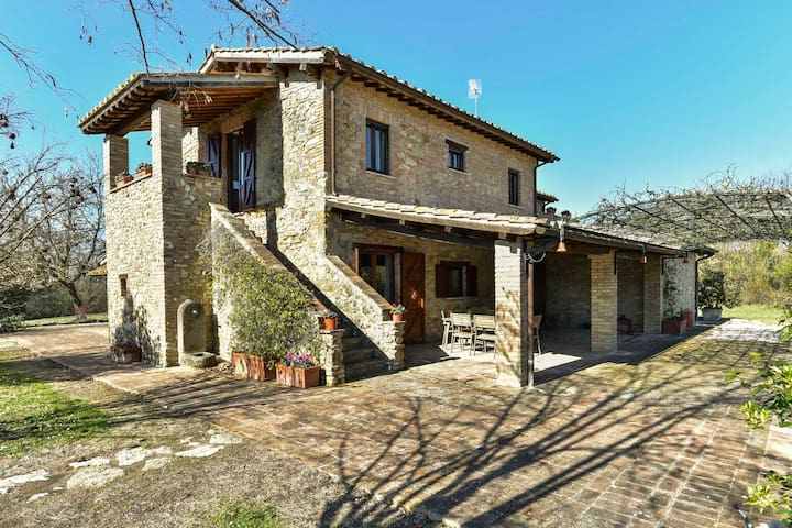 Charming farmhouse between Umbria, Lazio & Tuscany - Orte - Casa de campo