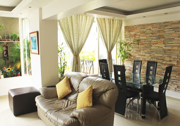 Altamira Chacao - Room private with bathroom Priv