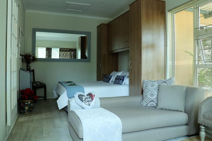 Relaxing, comfortable apartment in Melkbos
