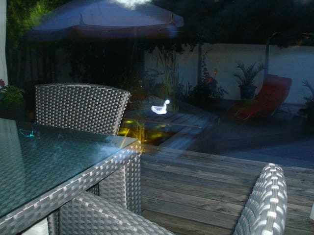 Privatzimmer + Mitbenutzung Haus + Garten - Baden-Baden - Talo