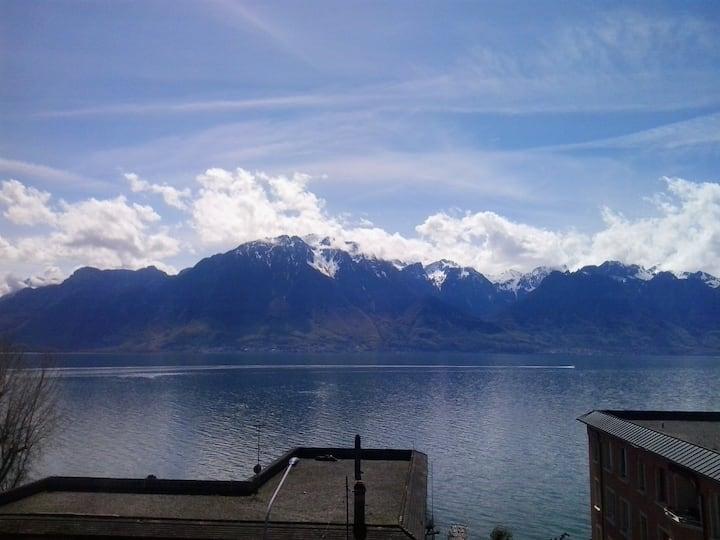 Montreux Lake Geneva for Groups et big family