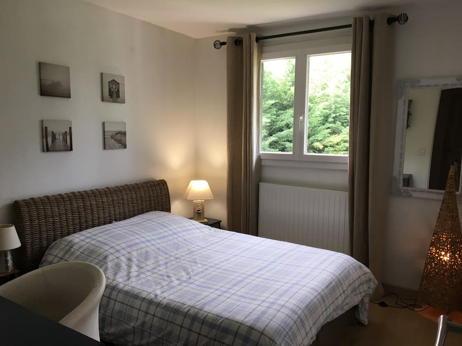 Chambre cosy et charme houses for rent in lissieu for Chambre a part couple