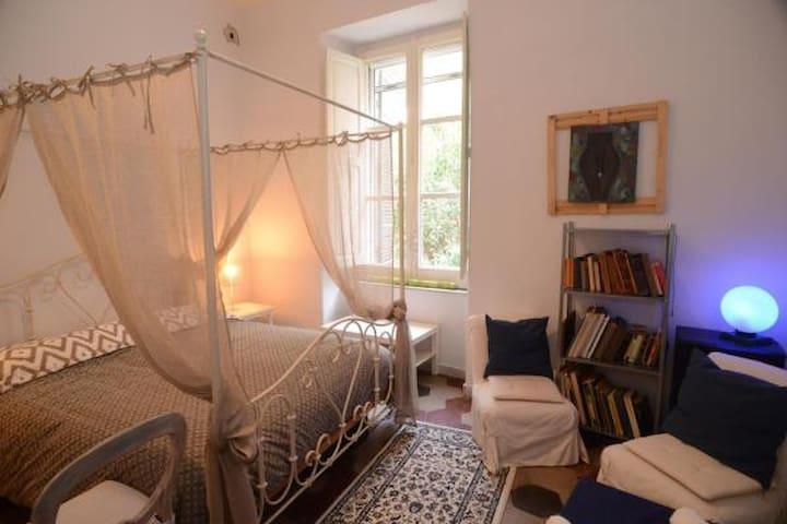 Puteoli Rooms (camera matrimoniale)