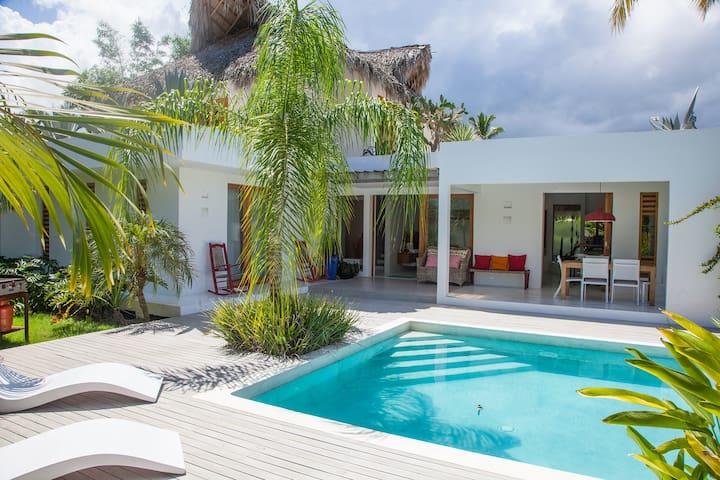 Villa Kanadu, Vitao residence Precio Especial!