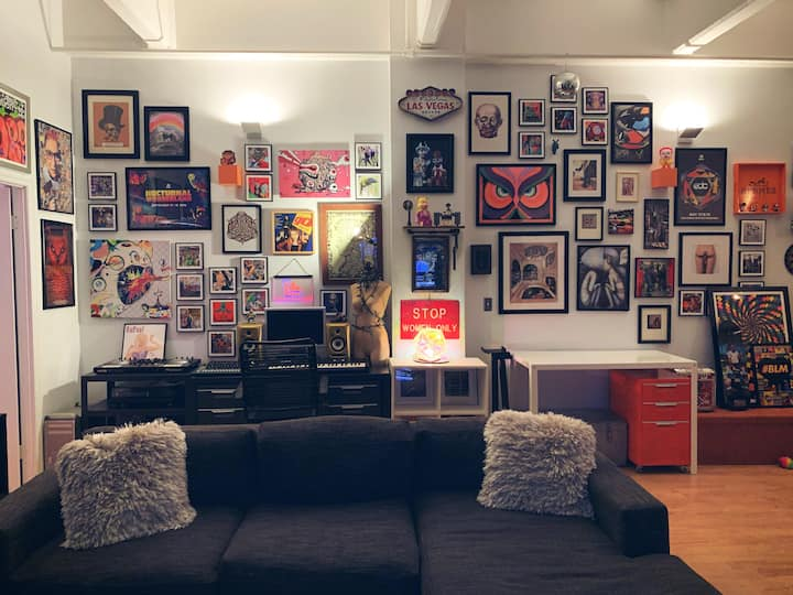 Williamsburg Art Loft - Great Location!