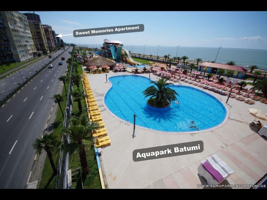 дом размещен около аквапарка // house is located near the aquapark