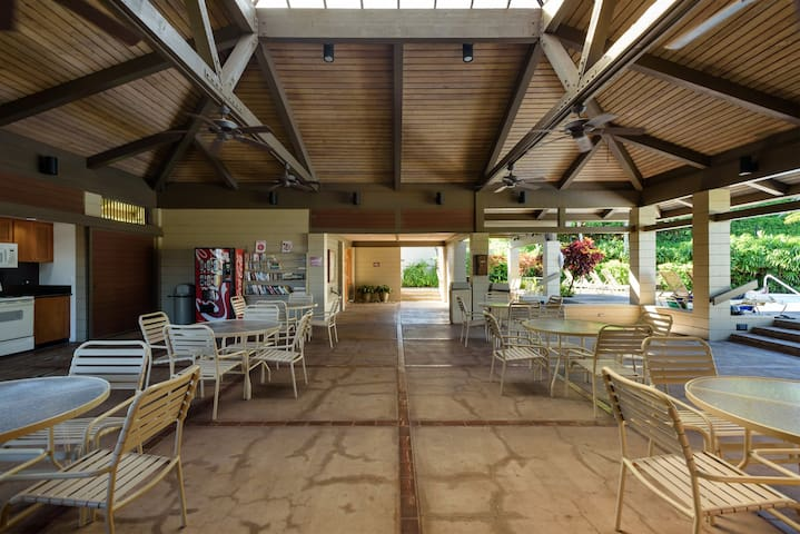 One of the Ridge pools is equipped with a full kitchen and larger gathering area