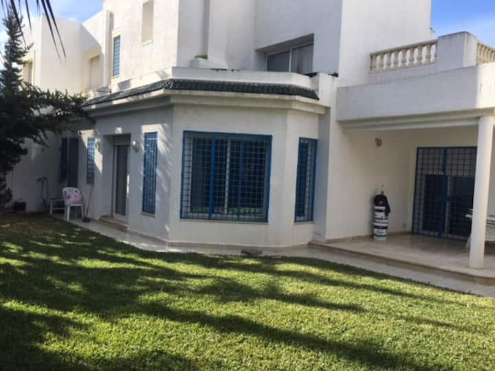 Villa à Jinene Hammamet 100m de la plage