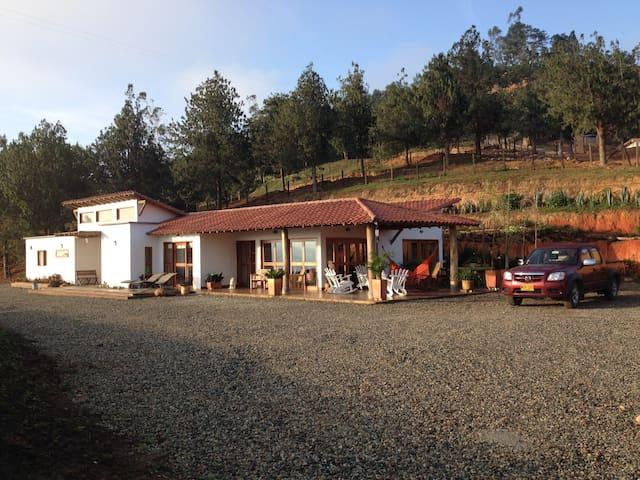 Casa  La Nube,  vista, tranquilidad, comodidad - Los Santos - Natuur/eco-lodge