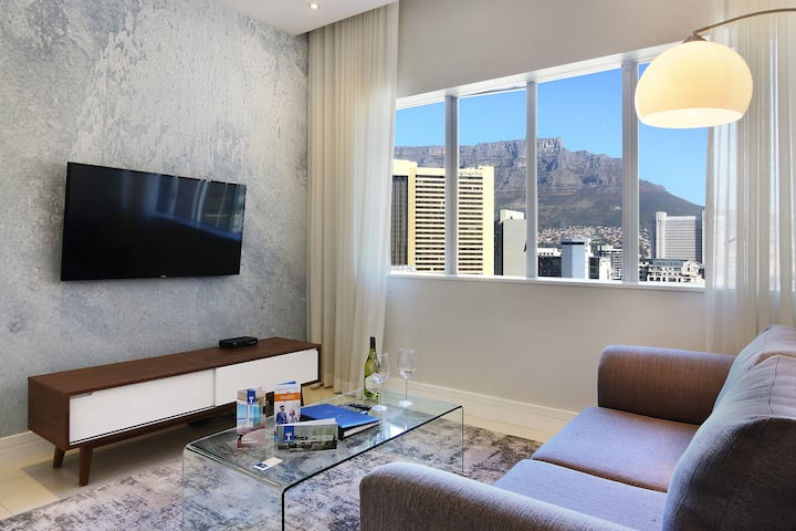 Brand New 1 Bed Unit | Triangle Suites