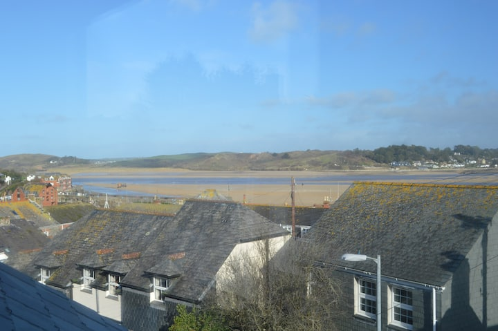 Heron Cottage, 8 New Street, Old Town, Padstow