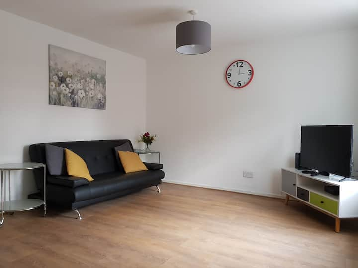 🏠3Bed House Near Newcastle City+Free Parking+WIFI