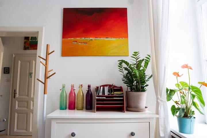Stylish room just across Hundertwasser House