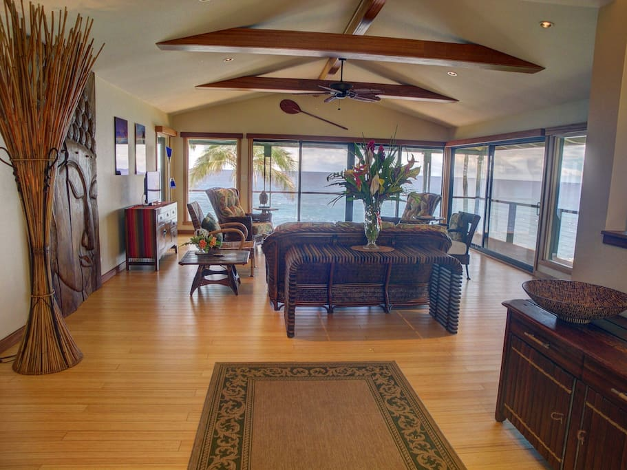 200 degree ocean view from your living room