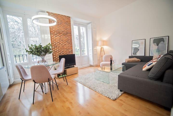 Luxury Apartment Almudena´s view Center, La Latina
