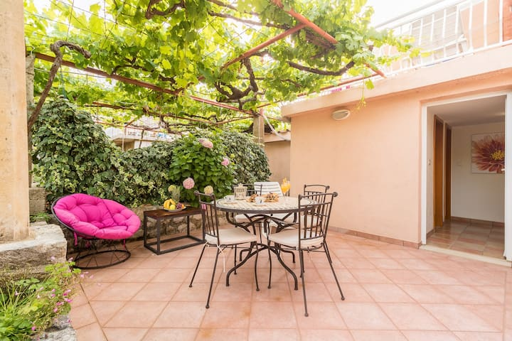 Apartments Lotea - Two-Bedroom Apartment with Terrac