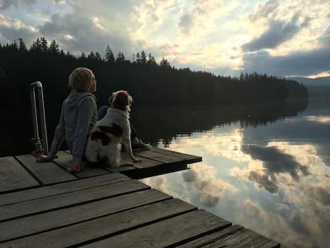 Sommer ved søen! Som par eller med børn.