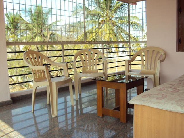 Fully furnished Anugraha Home for comfortable stay - Bangalore - Huis