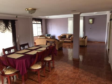 Casa Amplia Tranquila en Yunguilla