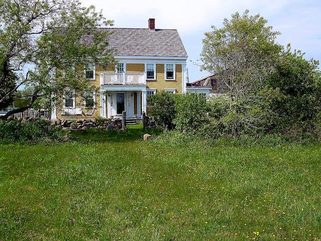 farmhouse by the sea