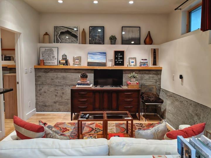 Eco, Tidy & Quiet Designer Suite / Noe Valley
