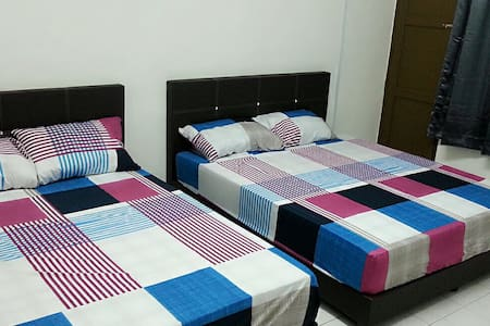 MyIpohHomeStay (Host up to 8pax, Entire home) - Ipoh - Casa