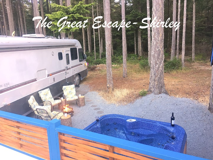 The Great Escape - Shirley - with secluded Hot Tub