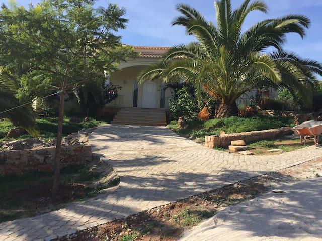 Belle chambre dans propriété de 2ha Avec piscine - Loulé - Hus