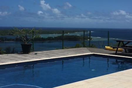 Santina Sunrise Port Vila- magnificent view & pool - Port Vila - Lakás