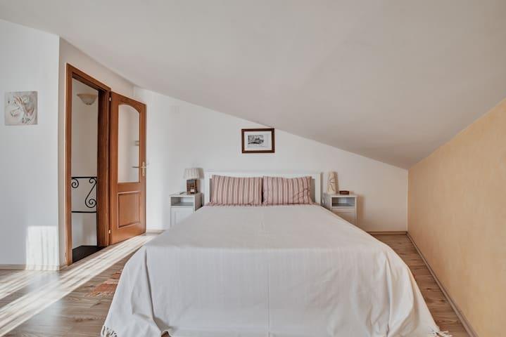 Bedroom, 2nd floor