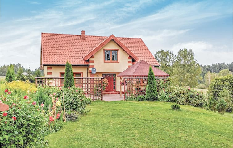 Holiday cottage with 4 bedrooms on 188m² in Grunwald