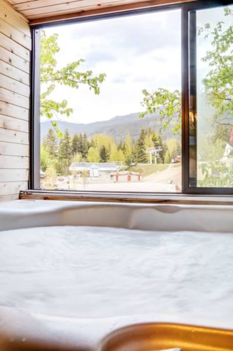 PRIVATE In-suite Hot Tub with a view ! For soaking after a day on the slopes.