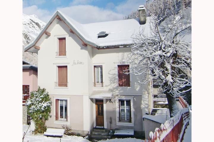 Villa cosy à Tignes, sud de la France près domaine skiable