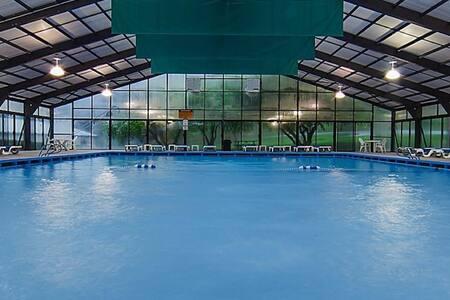 Spacious Villa | Pools, Hot Tub, Games Room, and Pirate Waterpark