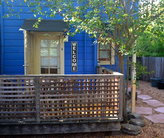 Blue Bungalow-Private & Central - San Rafael - Byt